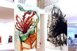 A la izquierda obra de Ivan Izquierdo y a la derecha obra de Murdo Ortiz
